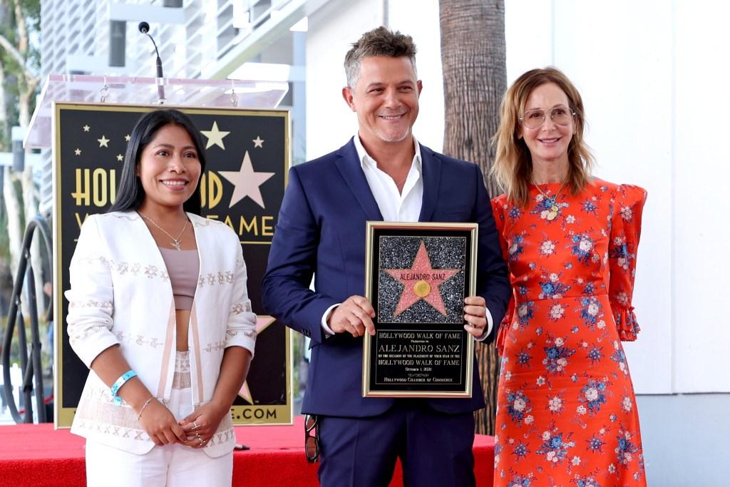 Alejandro Sanz recibió su estrella